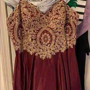 David's Bridal Plus Size Prom Dress Sz. 16